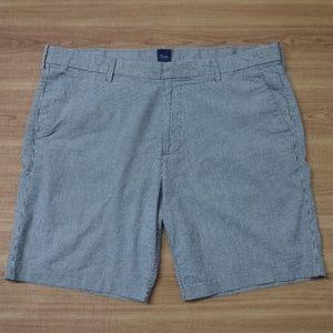 GAP Black&White Mini Checks Flat Front Shorts